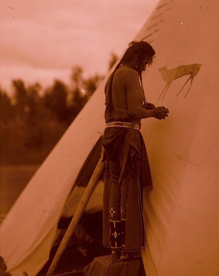 Obrázek 10 - Indián kmene Vran na fotografii od Throssela.