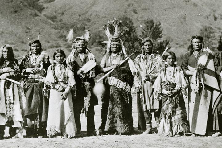 Indiáni kmene Propíchnutých nosů
