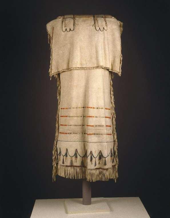 Šaty zřejmě sújského původu, získal je v roce 1836 Nathan Jarvis v pevnosti Fort Snelling v dnešní Minnesotě