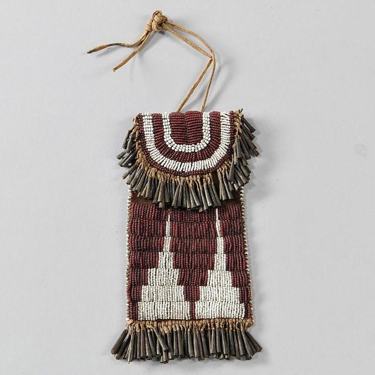 Nádherný váček na ocílku kmene Kiowa.