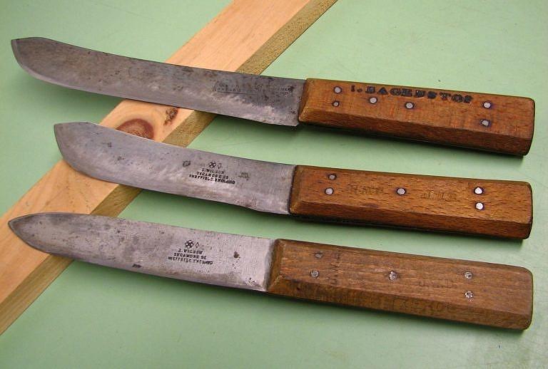 Řeznické nože (butcher) amerického pohraničí.