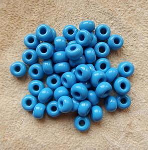 """Korálky """"crow beads"""", 7 mm, světle modré"""