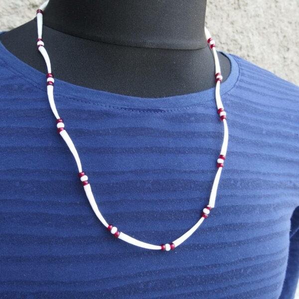 Indiánský náhrdelník z kelnatek