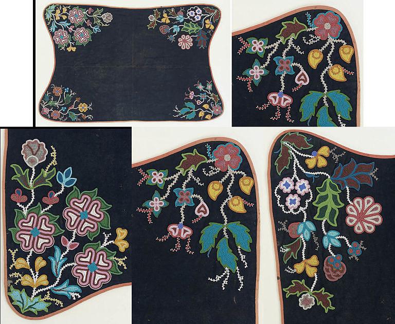 Podsedlová deka kmene prérijních Kríů. Vyrobená je z vlněné látky a pošitá krásnou florální výšivkou. NMAI.
