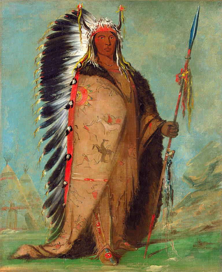 Černá skála, náčelník lakotského kmene Dva kotlíky na kresbě Georgea Catlina. Kolem ramen má přehozen malovaní bizoní plášť s válečnými výjevy ze svého života.