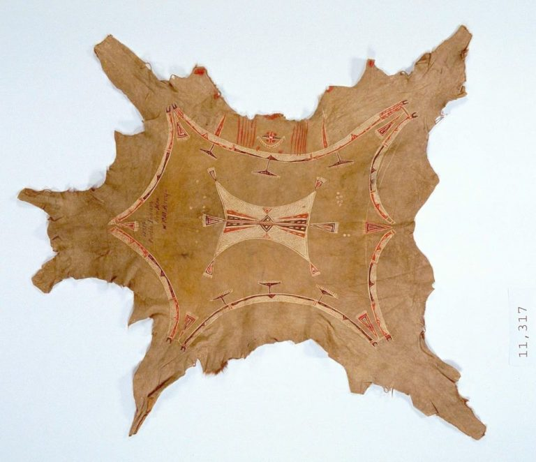 Plášť z jižních plání. Označen jako od indiánů z puebel. Získán v roce 1872.